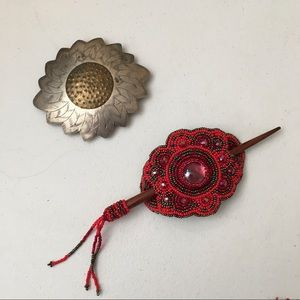 Hair Clips Lot of 2